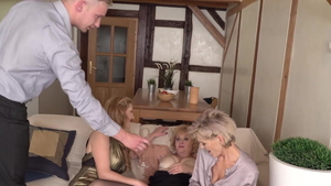 Hottest MILF has a thing for pussy sex HD
