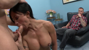 Hot amateur feels in need of real fucking in HD