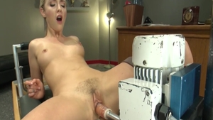Orgasm in company with very sensual amateur Karla Kush