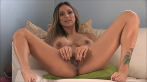 American girl Nadia Styles feels the need for fingering in HD