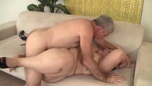 Big booty & busty model Becki Butterfly erotic blowjobs