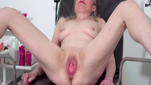 Fetish rough nailing starring sexy czech MILF