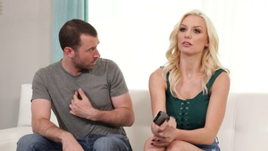 Passionate pornstar wishes for nailed rough in HD