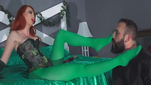 Kendra James in raw cosplay sucking dick