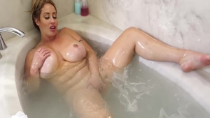 Busty MILF Eva Notty wishes real sex