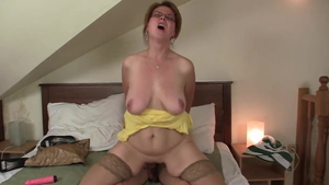 Czech MILF feels like taboo creampied in HD