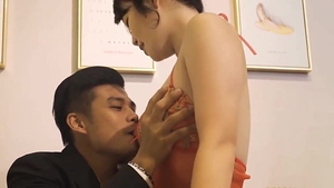 Blowjobs in company with chinese mature