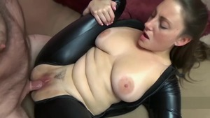 Big tits couple Melanie Hicks with Black Cat cosplay blowjob