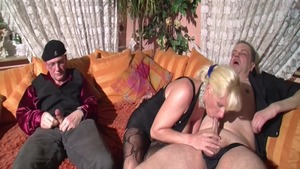 German Charlee Chase double blowjob